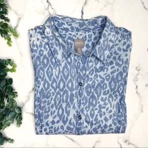 CHICO'S 3 Leopard Chambray Button Down Shirt